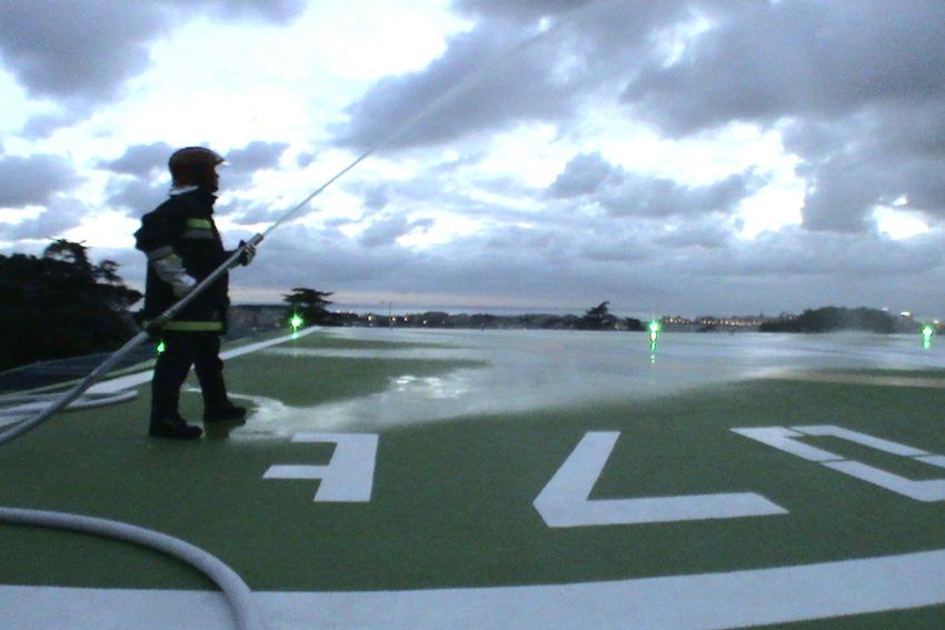 Elisicilia garantisce un servizio antincendio anche alle strutture ospedaliere e alle loro elisuperfici.